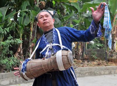 Nhạc cụ của người Cao Lan
