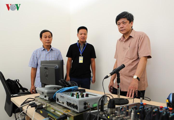 Đài P'rá Việt Nam-nắc xay moon zập zêng xa nay đắh Apêê t'ngay cấp dal APEC
