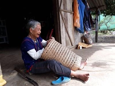 Đông Giang pa zay zư lêy t'naanh Cơ-Tu