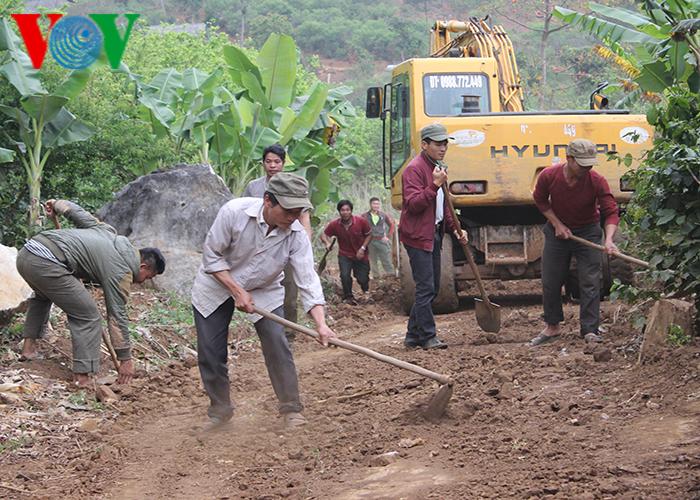 Thanh niên Sơn La chung tay xây dựng nông thôn mới