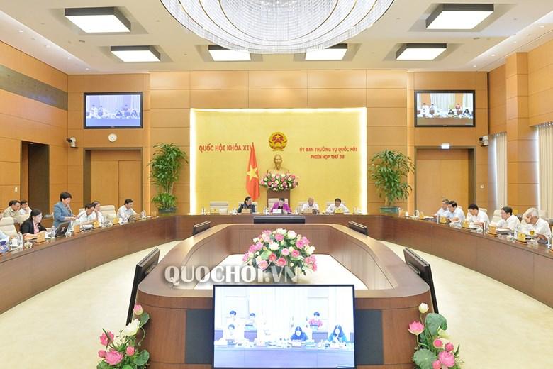 T'ngay đâu (15/8)Ủy ban Thường vụ Quốc hội ta moóh 15 Bộ trưởng, Trưởng ngành