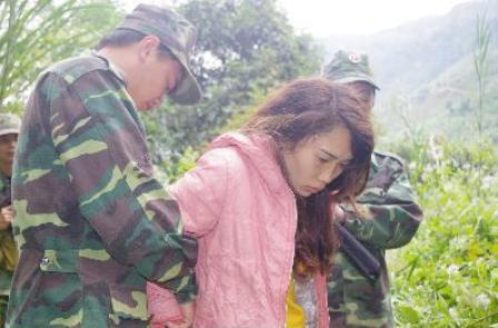 Điện Biên bắt giữ 37 đối tượng mua bán người