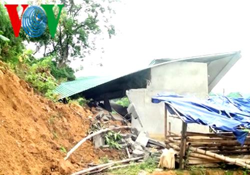 Nguy cơ sạt lở đất đe dọa gần 600 hộ dân Lai Châu