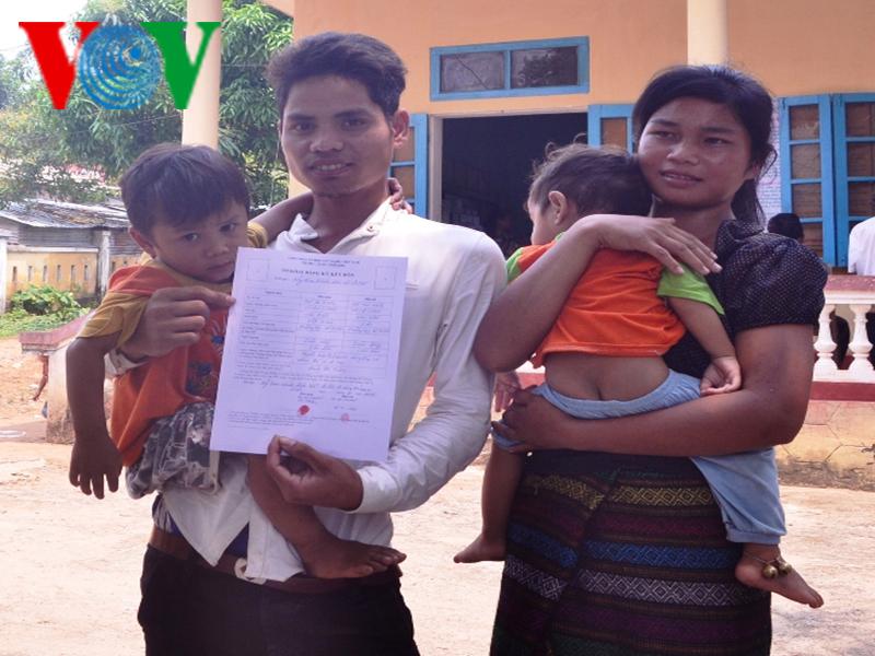 Hệ lụy từ di cư tự do và hôn nhân ngoài giá thú ở khu vực biên giới Quảng Trị