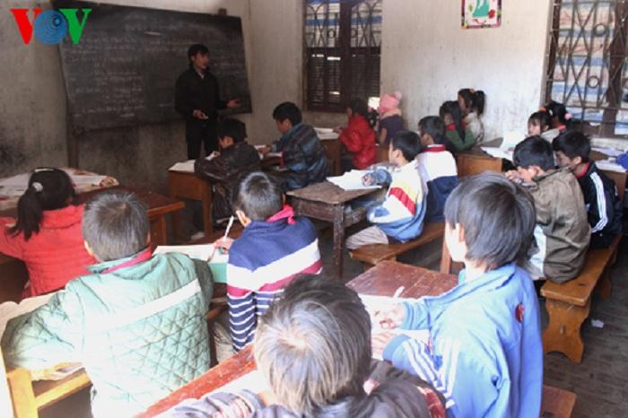 Học sinh vùng biên giới Mường Tè: cháu thích đến trường hơn ở nhà đi nương