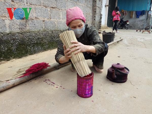 Nghề làm hương của người Tày ở Lạng Sơn